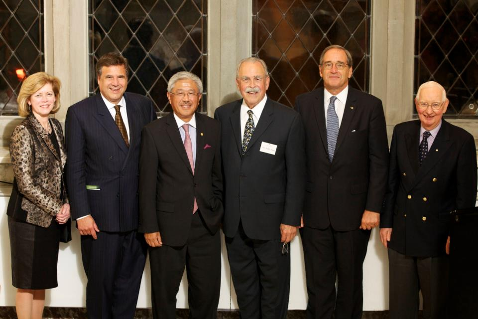 Left to Right: Catharine Whiteside, President of CAHS; Alain Beaudet, President of CIHR; 2011 Friesen Prizewinner - Victor Dzau, Chancellor for Health Affairs at Duke University; Aubie Angel, President of Friends of CIHR; Distinguished Service Award - Patrick Lafferty, Director of FCIHR; Henry Friesen, Prof. Emeritus, U of Manitoba